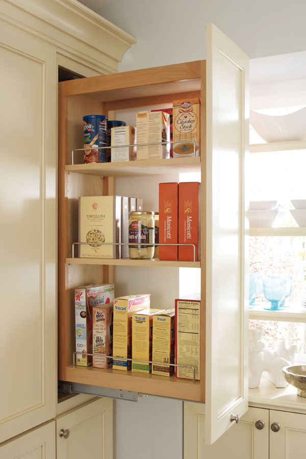 /-/media/kemper/products/cabinet_interiors/4pantrytopmhss.jpg