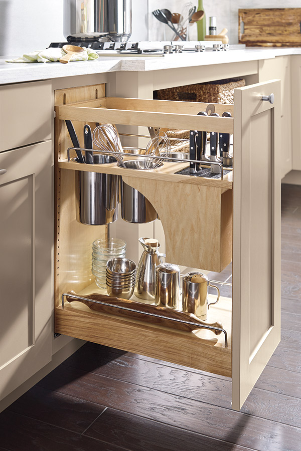 Base Utensil Pantry Pullout Cabinet With Knife Block Kemper