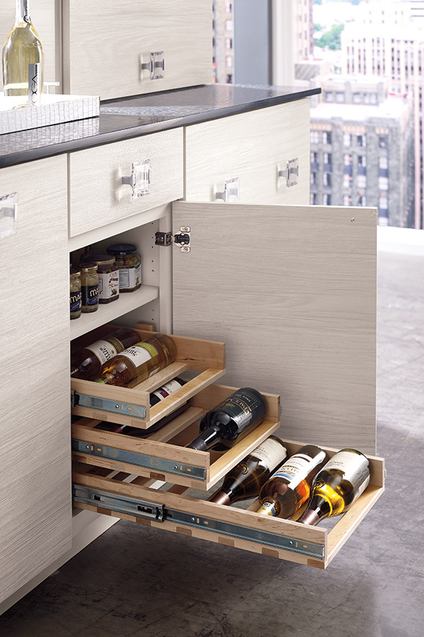 /-/media/kemper/products/cabinet_interiors/4winepulloutlarcs.jpg