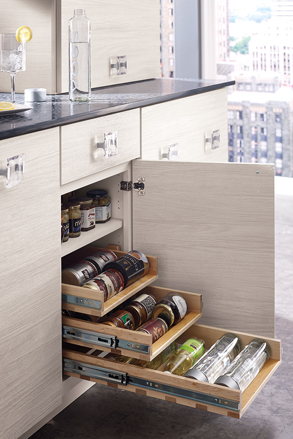 /-/media/kemper/products/cabinet_interiors/4winepulloutlarcs2.jpg