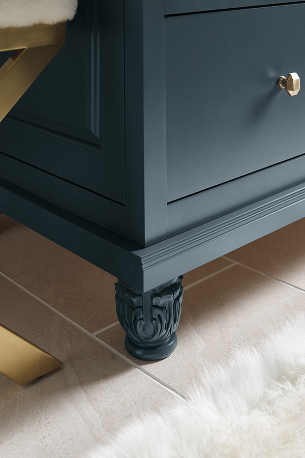 /-/media/kemper/products/mouldings_accents/acanthusfoot.jpg