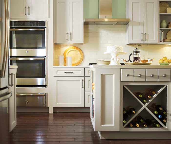 Painted Maple cabinets in a casual kitchen by Kemper Cabinetry